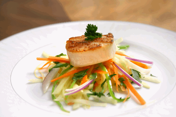 Pan Seared Scallops with Green Papaya Slaw